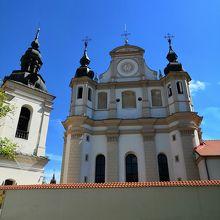 聖ミカエル (ミコロ)教会