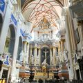 写真:聖ペテロ & パウロ (ペトロ イル ポヴィロ)大聖堂