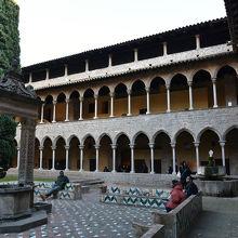 ペドラルベス修道院