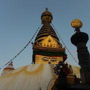 ネパールらしい寺院です