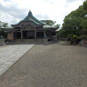 初代大阪城築城の主、豊臣秀吉を祀る神社