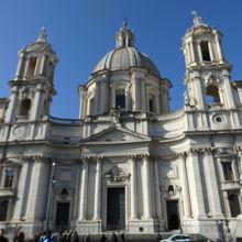 サンタニェーゼ イン アゴーネ教会