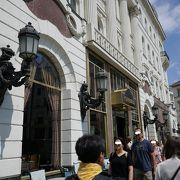 1858年創業の老舗カフェ