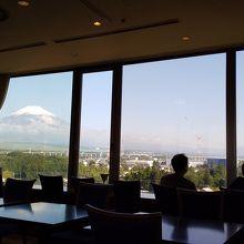 朝食レストランからの眺望