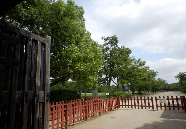 西の丸庭園内迎賓館で(G20サミット)晩餐会開催、庶民には関係のない施設