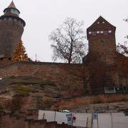 堂々とした城砦、眺望も素晴らしい