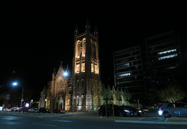 セントフランシスザバーズカトリック大聖堂