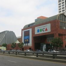 ロスアンゼルス現代美術館 (MOCA)