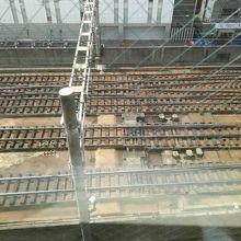 713号室から見下ろしたJRの線路