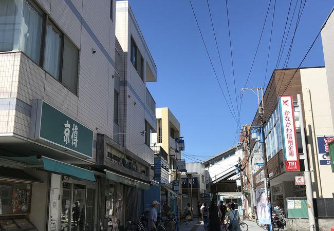 鵠沼海岸商店街 (マリンロード)