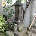 写真:高尾太夫の墓