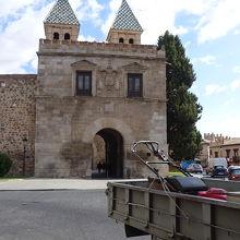 ビサグラの門