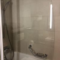 バスタブ可動式シャワー