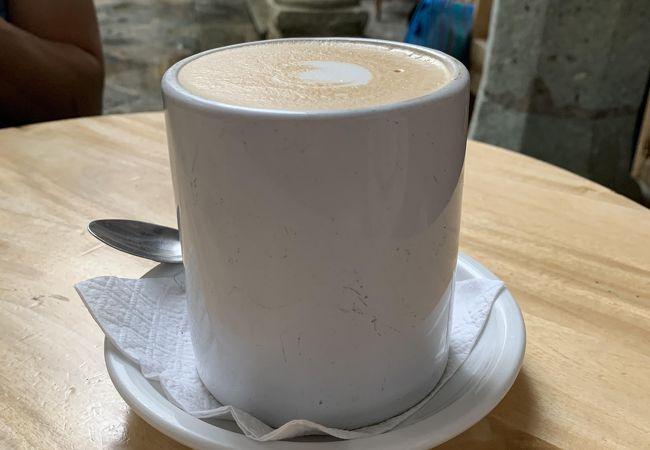 カフェ ブルジュラ