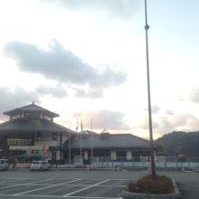 道の駅の建物です。