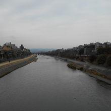 鴨川四条大橋上流