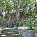 写真:弁慶塚の碑