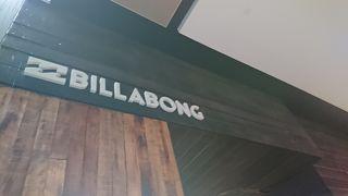 ビラボン (ブリスベン空港店)