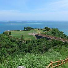 初めて訪れた沖縄本島南部のコバルトブルーの海岸線を見渡せる観光スポットに行って来ました!!
