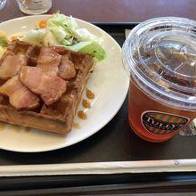 タリーズコーヒー 大阪城公園駅前店