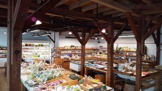 富岡倉庫 ・ おかって市場