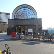 四ツ谷駅舎