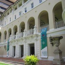 ハワイ州立美術館