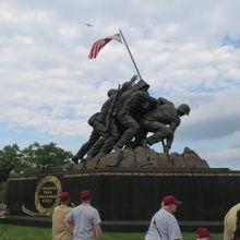 海兵隊戦争記念碑(硫黄島記念碑)