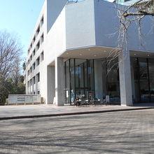 都立中央図書館
