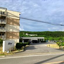 ホテルの入り口です。