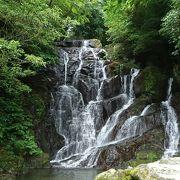 夏には行くには最高の滝