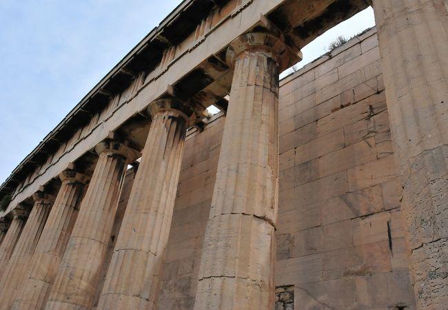 ギリシャで最も保存状態のよい神殿