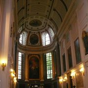ライプツィヒ:ニコライ教会はベルリンの壁崩壊のきっかけとなった所