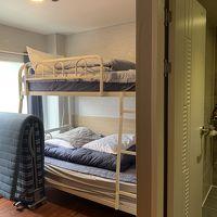 2段ベッドと簡易ベッド