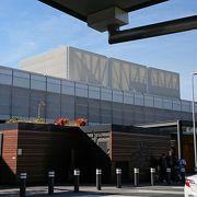 国際・国内線のターミナルは分かれています