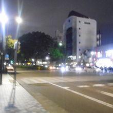 仙台駅東口から楽天生命パークまでの大通りでした。