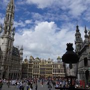 時間を変え何度も訪れたい世界で一番美しい広場です