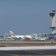 とても大きい空港