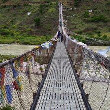 プナカ吊橋