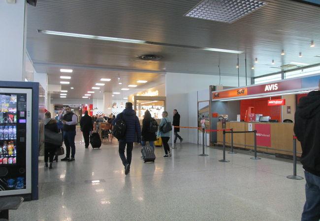 ストラスブール国際空港 (SXB)