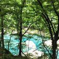 青色の渓流