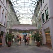 ブギス駅直結のショピングセンター