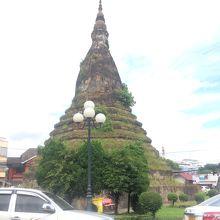 ラピュタっぽい仏塔