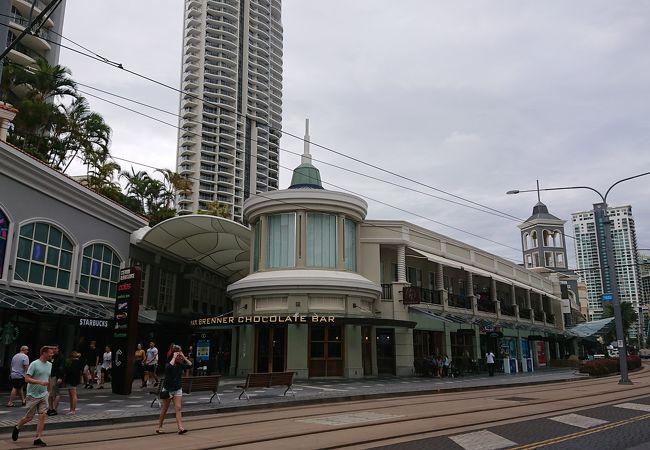 シェブロン ルネッサンス ショッピングセンター