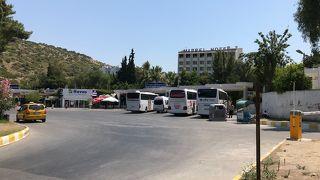 クサダシュのバスセンター