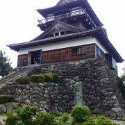 現存天守閣では最古の建築様式らしいです。