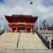 参拝者で賑わう犬山の成田山分院