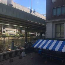 日本橋滝の広場