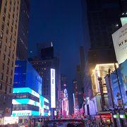 夜のタイムズスクエアは行った方がいい