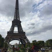エッフェル塔の絶景